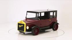 Poglejte, kako so si pri West Coast Customs zamislili predelavo 100 let starega Mitsubishija Model A
