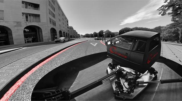 Honda predstavila revolucionaren simulator vožnje (foto: Honda)
