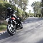 Vozili smo: Kawasaki Z900RS je poklon legendi iz časov Abbe, Botra in afere Watergate (foto: Kawasaki)