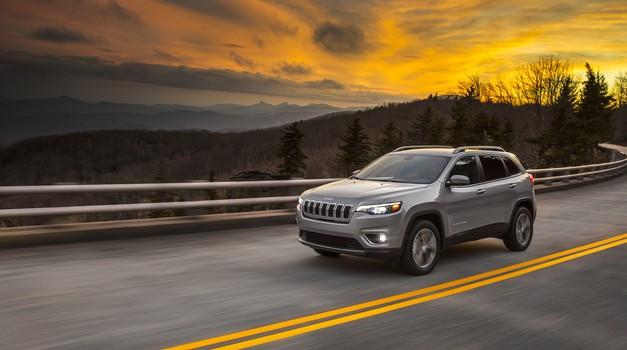 Jeep predstavlja novega Cherokeeja za leto 2019 (foto: FCA)
