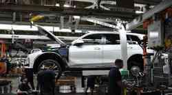 Prvi predprodukcijski primerki BMW X7 zapeljali iz tovarne