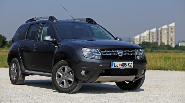 kratki test dacia duster 1 5 dci edc testi avto magazin. Black Bedroom Furniture Sets. Home Design Ideas