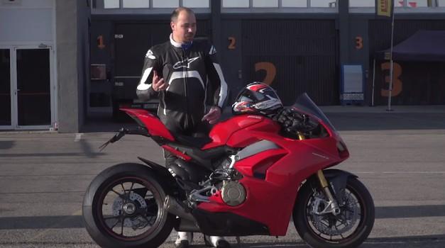 Vozili smo: elektronska čarovnija na Ducatiju Panigale V4S (video)