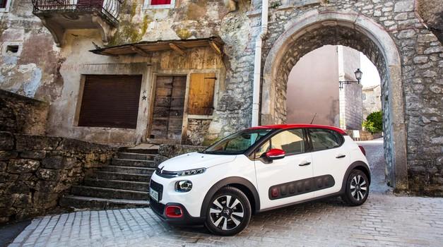 Test: Citroën C3 - PureTech 110 S&S EAT6 Shine (foto: Uroš Modlic)
