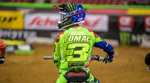 Monster Energy Supercross: Seattle zaznamovale ekstremne razmere