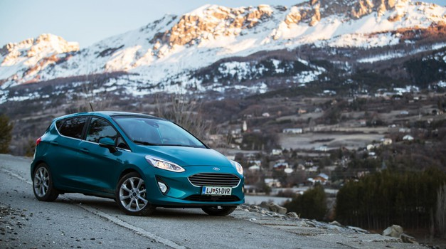 Podaljšani test: Ford Fiesta 1,0 EcoBoost 74 kW (100 KM) 5v Titanium - Mladostna štiridesetletnica (foto: Uroš Modlic)