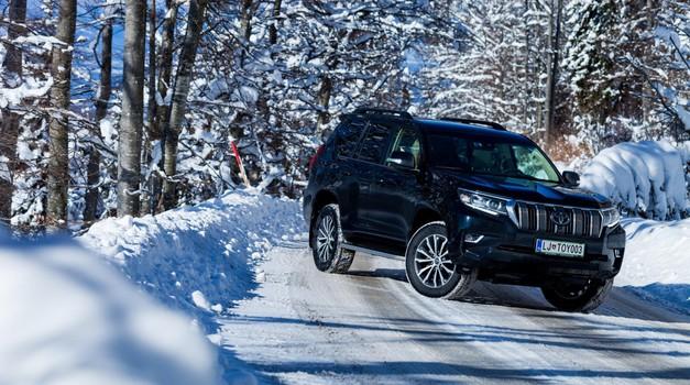 Kratki test: Toyota Land Cruiser 2.8 D-4D Premium (foto: Saša Kapetanovič)