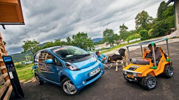 O solarnem potovanju okrog sveta in električni rolki na 5. srečanju DeMS v Gozdu Martuljku (foto: Saša Kapetanovič)