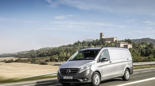 Mercedesu grozi milijardna kazen zaradi goljufij pri testiranjih dizlov (foto: Daimler AG)