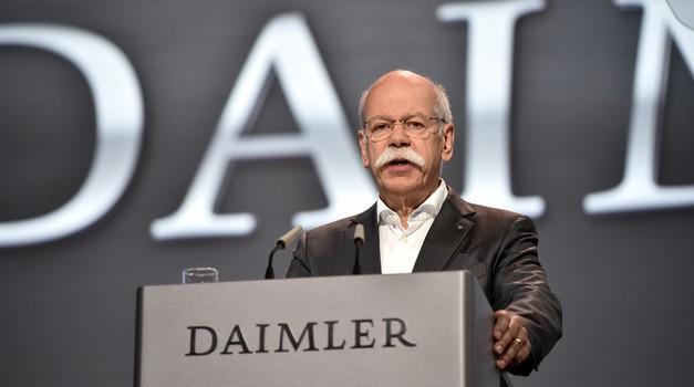 Odločitev je znana: Daimler mora vpoklicati 774.000 vozil, kazni ne bo (foto: Daimler)