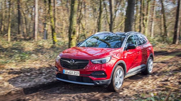 Opel razpolavlja stroške razvoja vozil (foto: Opel)