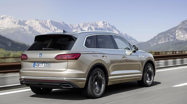 Terenci zmagujejo - tudi Volkswagen Touareg (foto: VW)