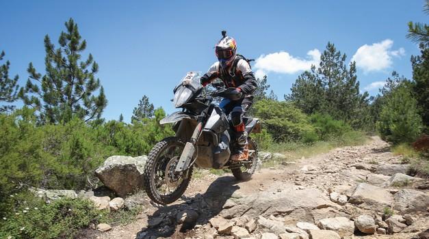 """Chris Birch o predserijskem KTM 790 Adventure R: """"To je prava kombinacija obeh svetov."""" (foto: A. Barbanti / KTM)"""