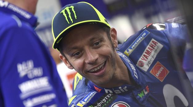 """S Tino čez bankino #23: Valentino Rossi odgovori na tri """"garažno-komolčarska"""" vprašanja (foto: Monster Energy)"""