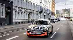 Audi razkril notranjost e-Trona