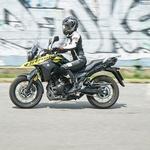 Podaljšani test Suzuki V-Strom 250, 1. del: v rokah motoristke začetnice
