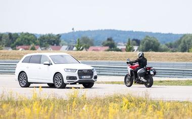 Varni motocikli prihodnosti: Ducatiji bodo komunicirali z drugimi vozili in infrastrukturo