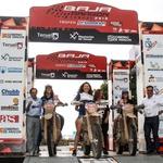 Mame, zdravnice, lepotice: rekordno število dirkačic na letošnjem reliju Baja Aragon (foto: RallyZone)