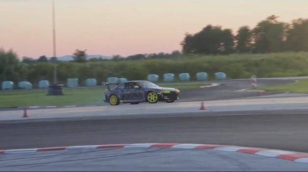 Video: Nissan S14 Tomcat je nazaj na dirkališču (foto: Youtube)