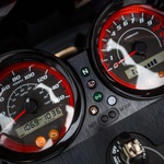 Test: Sym Wolf CR300i - poceni, a ne ceneni 'nescaffe racer' (foto: Saša Kapetanovič)