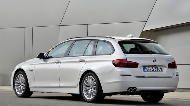 BMW bo zaradi možnosti požara vpoklical 324.000 vozil (foto: BMW)