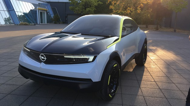 Opel GT X Experimental: napoved Oplove prihodnosti (foto: Dušan Lukič)