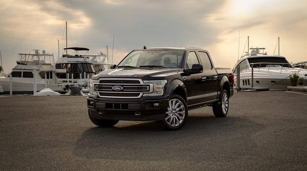 Globalna prodaja avtomobilov še naprej raste (foto: Ford)