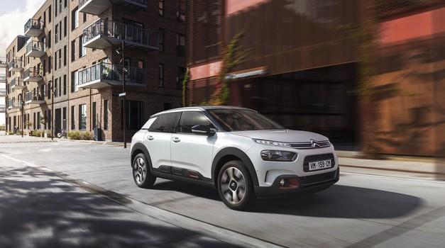 Vožnja z novim Citroënom C4 Cactus je kot potovanje na zračni blazini v družbi klasične glasbe (foto: Citroen)