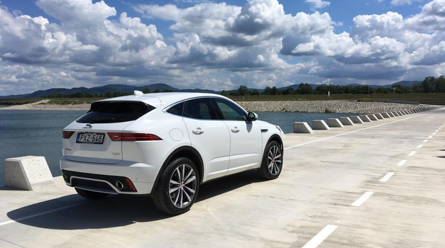 Test: Jaguar E-Pace 2.0d (132 kW) R-Dynamic (foto: Saša Kapetanovič)