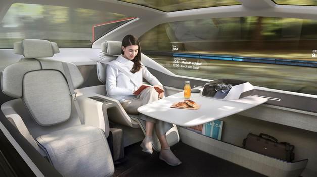 Volvo z avtonomnim avtomobilom poskuša letalskim družbam speljati potnike (foto: Volvo)
