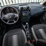 Kratki test: Dacia Sandero Stepway Black&White 0.9 Tce 90 (foto: Uroš Modlic)