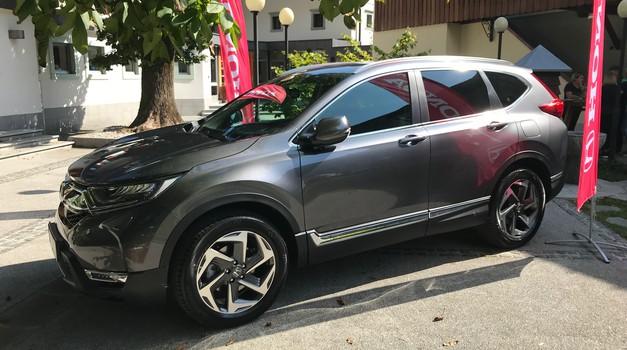 Novo v Sloveniji: Honda CR-V zdaj le z bencinskim motorjem - za slovenski trg količine zelo omejene (foto: Tomaž Porekar)