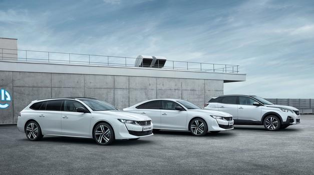 Peugeot predstavlja priključnohibridne modele (foto: PSA)