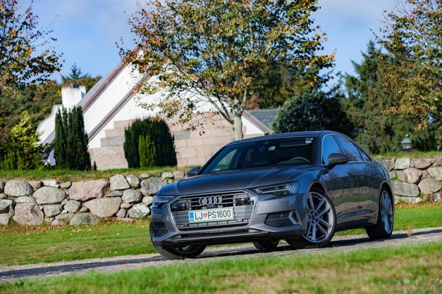 Izšel je novi Avto magazin! Testi: Audi A6, Lexus LS, Ford Mustang Convertible, Volkswagen Golf GTI