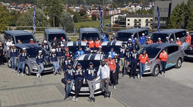 Ford je slovenskim junakom zime predal 66 avtomobilov (foto: Ford)
