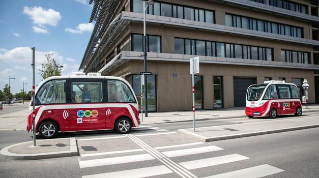 Na Dunaju bosta začela delovati prva avtonomna avtobusa na kratke razdalje (foto: Navya)