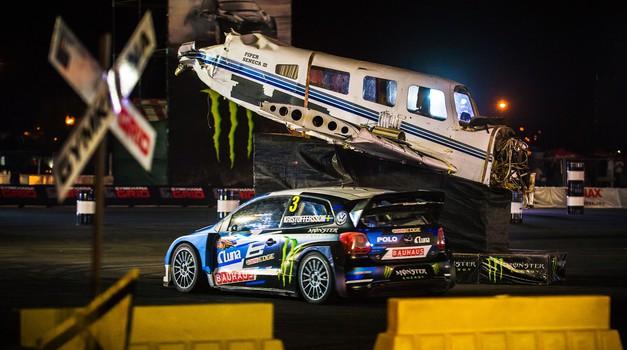 Oglejte si z nami avtomobilski spektakel Gymkhana GRiD (foto: Monster Energy)