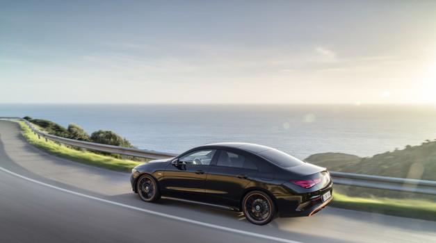 Mercedes-Benz CLA Coupe se iz Las Vegasa pelje v naslednji krog (foto: Daimler)