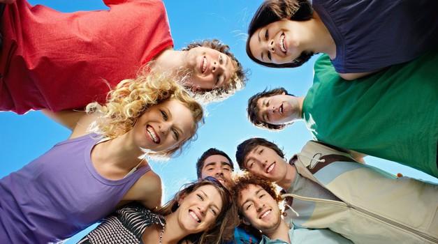 Mladi upi: Prejšnje generacije pozivajo mlade k prijavi (foto: Profimedia)
