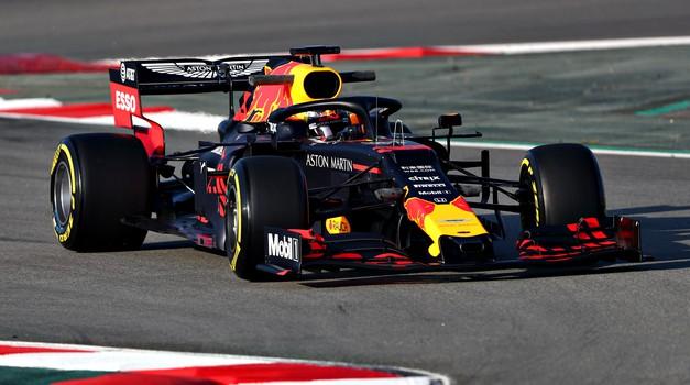 Formula 1: Kimi Raikkonen poskrbel za predčasen konec prvega dne testiranj (foto: Red Bull)
