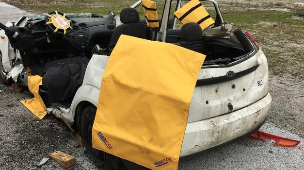 Tudi svojci žrtev prometnih nesreč so žrtve same po sebi (foto: Zavarovalnica Triglav/Arhiv AM)