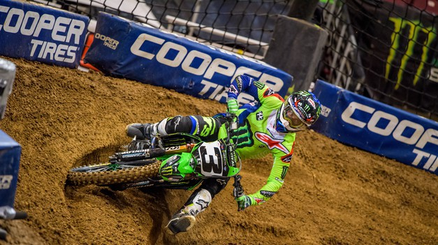 Monster Energy Supercross: Tomac blestel v Detroitu (video)