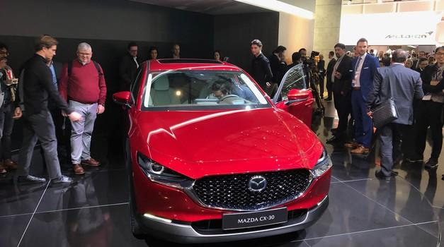 Ženeva 2019: Mazda predstavlja še tretjega športnega križanca (foto: Sebastjan Plevnjak)