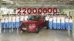 Škoda praznuje: s proizvodnega traku je zapeljalo 22 milijonov vozil