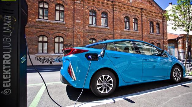 Pet prednosti električnih avtomobilov (foto: Dušan Lukič)