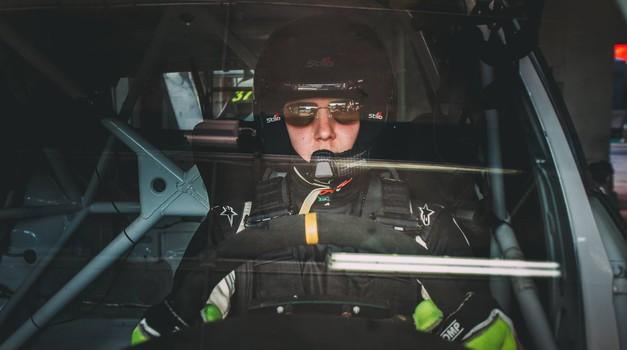 Boštjan Avbelj se vrača domov: Renault Clio je v garaži zamenjal reli dirkalnik razreda R5 (foto: Osebni arhiv)