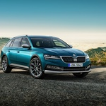 Škoda predstavlja prvi hibrid in prvi električni avtomobil (foto: Škoda)