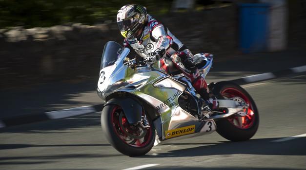 Isle of Man TT: Dean Harrison najhitrejši na torkovem treningu (foto: Jure Šujica)