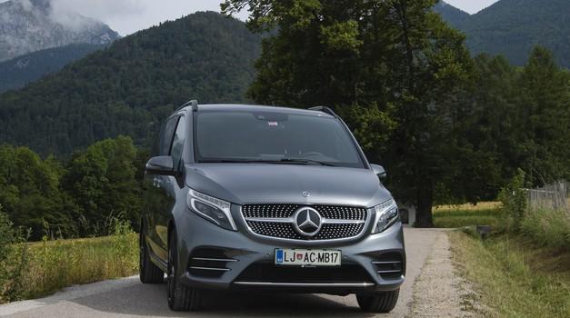 Novo v Sloveniji: Mercedes-Benz razreda V (foto: Jure Šujica)