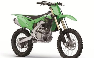 KX250 v novo desetletje vstopa povsem prenovljen